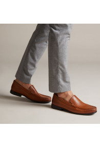 CLARKS CLAUDE PLAIN TAN